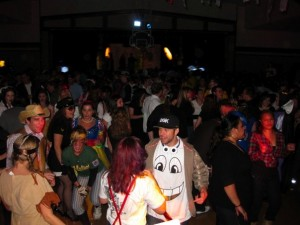 Halloween 2009: How to dress and dance like a skater